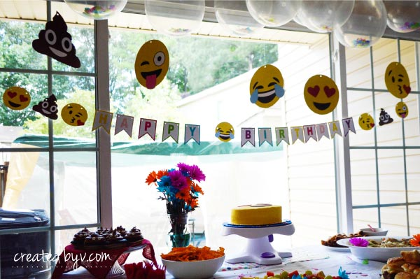 Emoji Face Signs Sensational Themed Party Supplies To Celebrate A Special Birthday